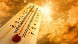 Does hot weather affect plumbing?